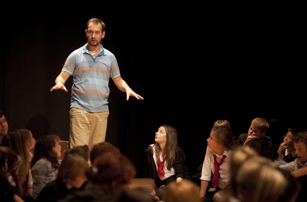 Pondlife / Catherine Wheels Theatre (TISS)